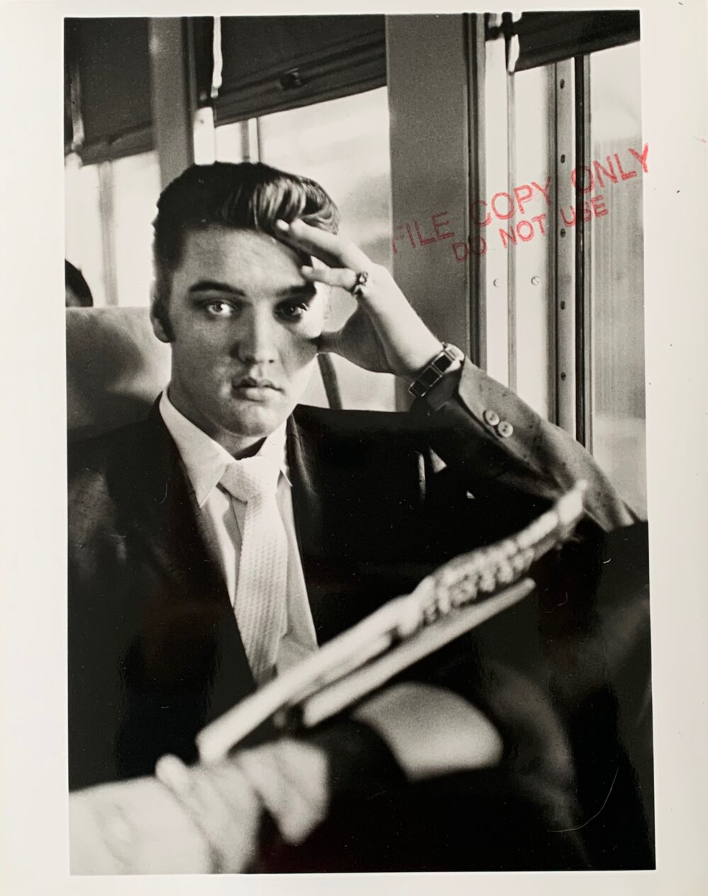 "Alfred Wertheimer ELVIS PRESLEY 8""X10"" Silver Gelatin Photo Train NY to Memphis 1956"